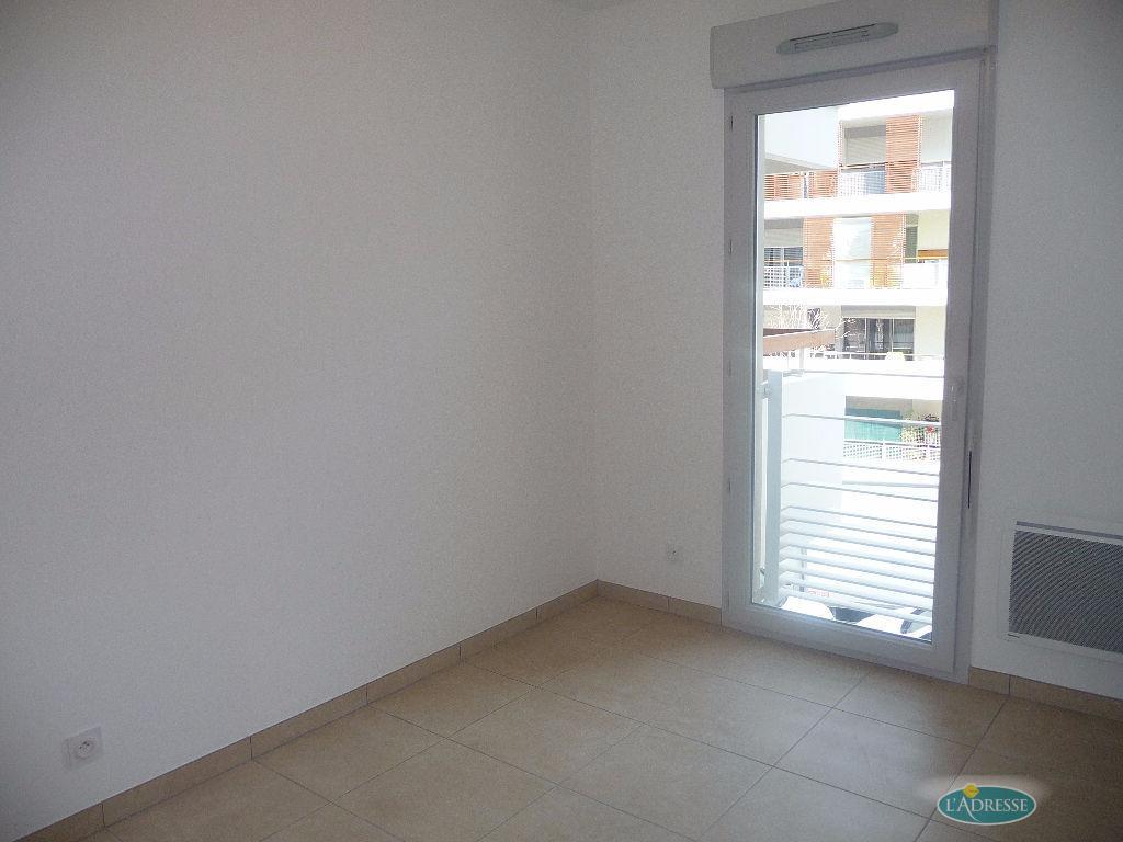 Location appartement cannes la bocca 3 pi ce s m2 - Piscine coubertin cannes la bocca ...